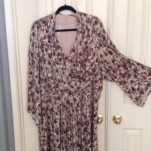 Beautiful Free Flowing Dress